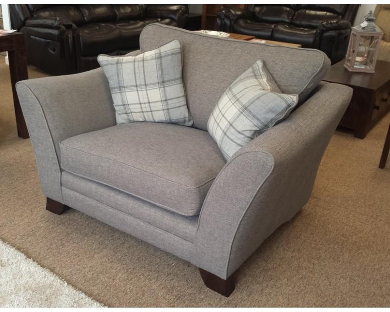 Hamley Cuddle Chair