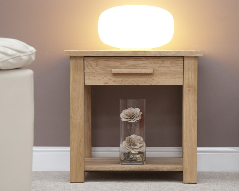 Sherwood Deluxe Oak Lamp Table