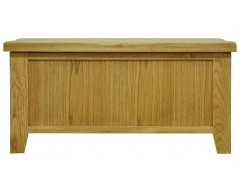 Sloane Blanket Box in Oak